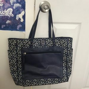 cute tommy bag. very spacious